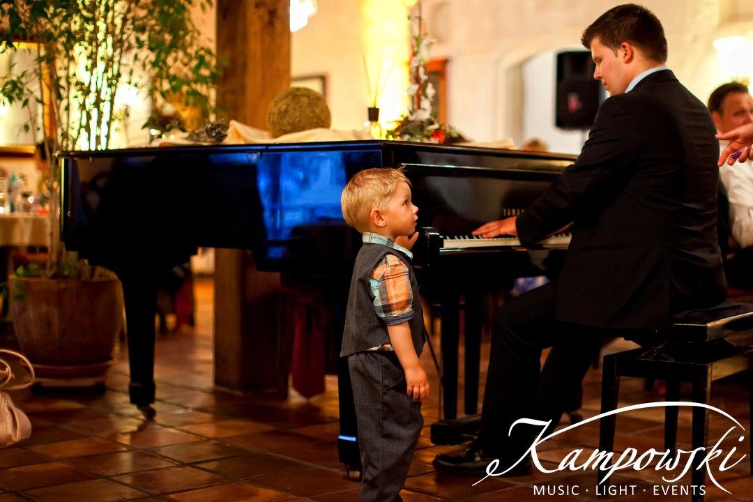 Hochzeits-Dinner mit Live-Pianist Marc André Kampowski