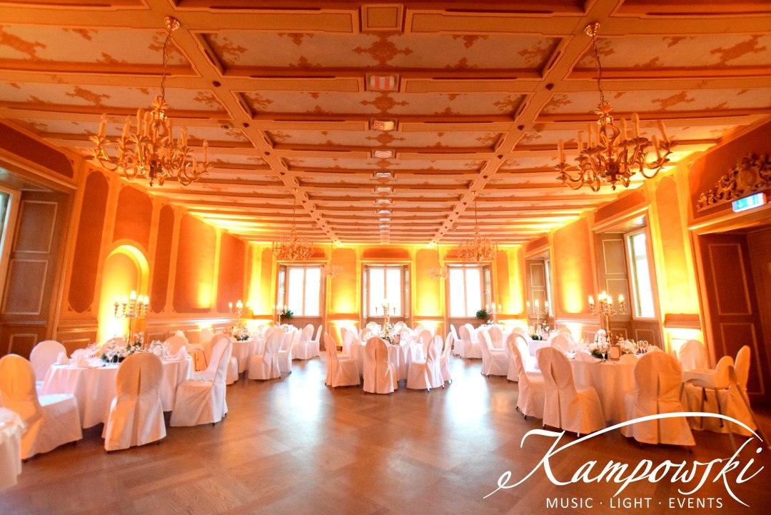 Hochzeits-Dinner mit Beleuchtung