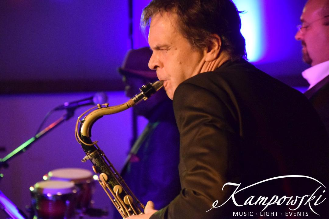 16-kampowski-club-band-frankfurt