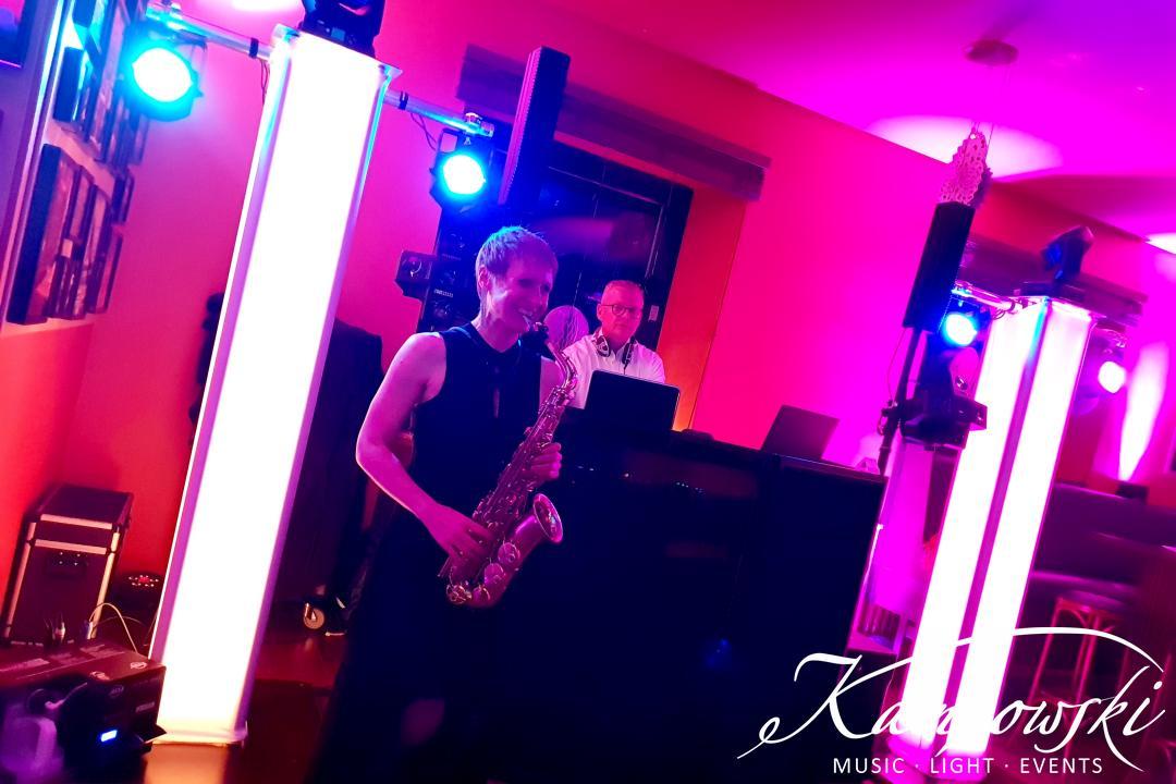26-saxophone-meets-dj
